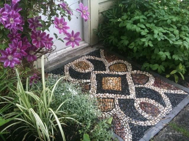 چه نکاتی در رابطه با سنگ فرش های بتنی پیش ساخته برای کف سازی محوطه وجود دارد؟